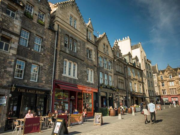 Eating and drinking in Edinburgh