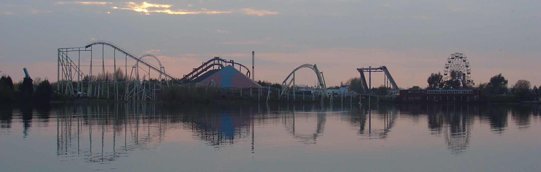 Thorpe_park_skyline_header