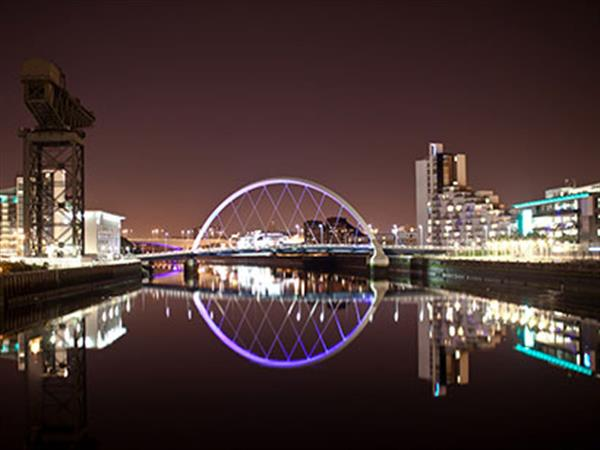 Glasgow at night time
