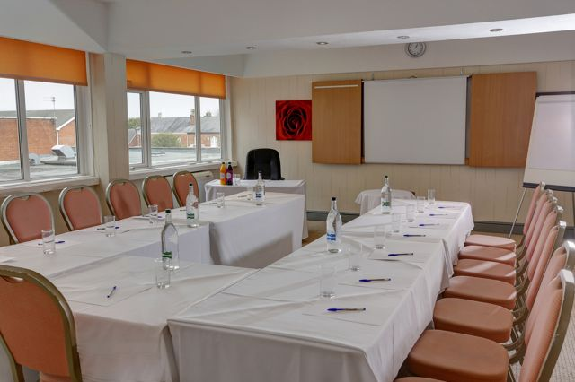 Best Western Cresta Court Hotel meeting space