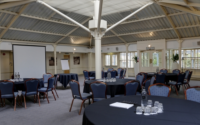 chilworth-manor-meeting-space-59-83920