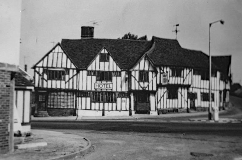 Best Western Rose and Crown hotel 50 years ago